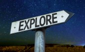 Text : Explore on sign — Zdjęcie stockowe