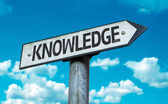 Text:Knowledge on sign — Stock Photo