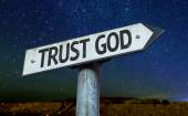 Trust God sign — Stock Photo