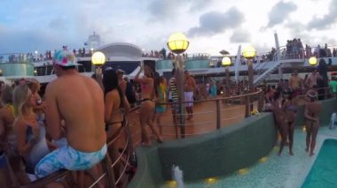 People Celebrate in Carnaval Cruise Ship — Stock Video