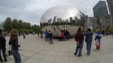 Famous Chicago Cloud Gate — Stock Video