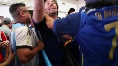 Argentina fans raise funny — Stock Video