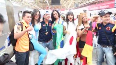 Болельщики празднуют Кубок мира Бразилии — Стоковое видео
