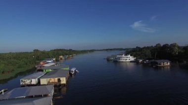Floating Houses in Manaus — Stock Video