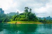 景观湖与山 — 图库照片