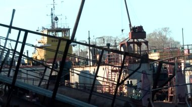 Old river ships become for the winter (North Russia) — Video Stock