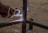 Работник сварки стали — Стоковое фото