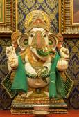 Ganesh statue, which is the worship of the people — Stock Photo