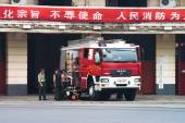 Firefighters in Shanghai — Stock Photo