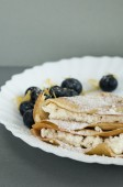 Pancake with cheese and blueberries — Foto de Stock