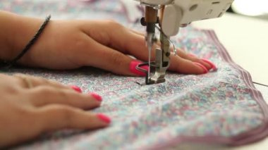 Woman's hands on sewing machine — Stock Video