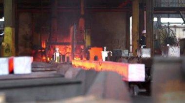 Transfer fiery steel blocks — Stock Video