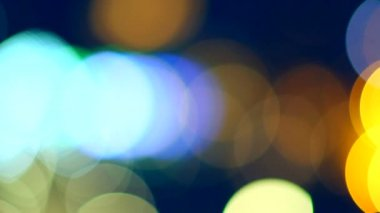 Defocused night traffic lights — Stock Video