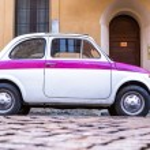 Постер, плакат: Vintage Italian Car Fiat 500 Urban Scene