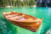 Boat at the Lago di Braies in Dolomiti Mountains — Stock Photo