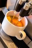 Coffee machine making a fresh cup of expresso — Fotografia Stock