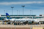 Frontier airplanes on the ground at DIA — Stock Photo