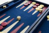 Board games - backgammon in play — Stock Photo