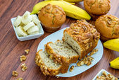 Fresh banana walnut bread — Stock Photo