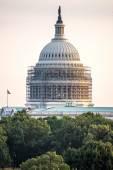 October 2, 2014: Washington, DC - whitehouse with scaffolding — Stock Photo