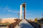Tierno Galvan brug in het park van Madrid — Stockfoto