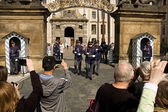 Prague Castle. Changing of the guard — Stock Photo