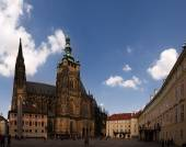 San Vito square in the Prague castle. — Stock Photo
