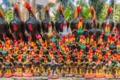 Chicken Status at Wat Yai Chaimongkol, Ayutthaya, Thailand — Stock Photo