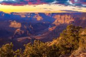 Majestic Vista of the Grand Canyon at Dusk — Stock Photo