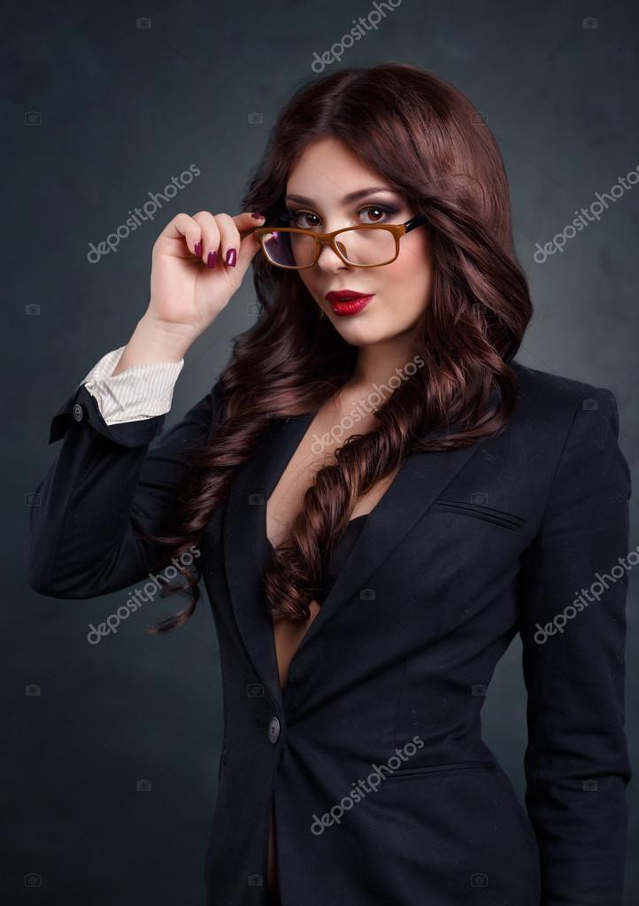 Женщины в деловых костюмах порно фото