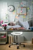 Woman sleeping in office overnight — Stock Photo