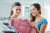 Girlfriends shopping at the store — Stock Photo