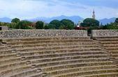 Greek amphitheater in Pompeii , Italy. — Stock Photo