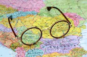 Glasses on a map of europe - Serbia — Stock Photo