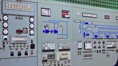 Engineer Disables Alarms On Main Panel — Stok video