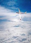 Flight deltaplane clouds — Stock Photo