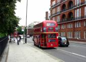 Classic routemaster double decker bus — Stockfoto