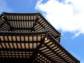Detail of pagoda roof with blue sky — Foto Stock