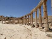 Forum (Oval Plaza) in Gerasa (Jerash), Jordan — Stock fotografie