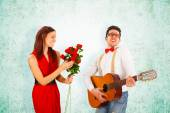 Romantic Man Singing with Guitar to Girlfriend — Foto Stock