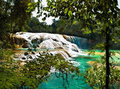 Aqua Azul waterfall in Chiapas Mexico — Stock Photo