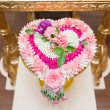 Thai flower heart shaped garland on golden tray with pedestal us — Stock Photo #64152457