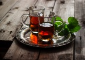 Tea with mint  in the Arab style  — Stockfoto