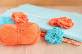 Handmade knitted crochet flowers — Stockfoto