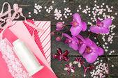 Handmade accessories. Cotton fabric, lace, bobbin thread, crysta — Stock Photo