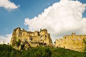Burg auf dem hügel — Stockfoto