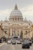 Road to St. Peter's Square in the vatican — Stock Photo