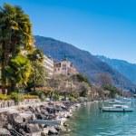 Montreux Riviera of Lake Geneva — Stock Photo #71178439