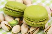 Pistachio macaroons, close up — Stockfoto