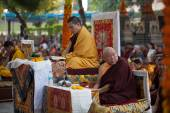 India. Bodhgaya. December 2013. Monlam - the main buddhist festival. The head of  Karma Kajyu Lineage of Diamond Way Buddhism  His Holines 17 Karmapa Trinley Thaye Dorje with Beru Khyentse Rinpoche — Stock Photo